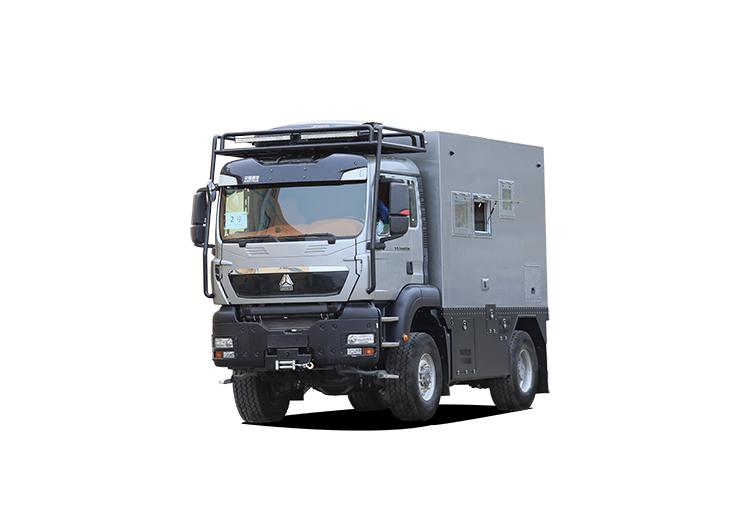 中国重汽-曼恩-2021款中国重汽 曼恩 4×4重型越野房车